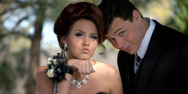Pár na maturitní ples